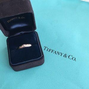 Tiffany Paloma Picasso white gold diamond ring